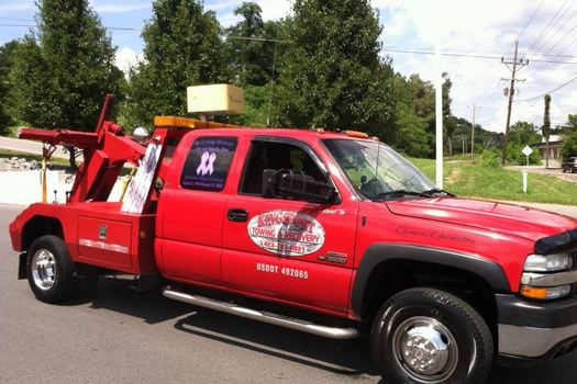 Towing-In-Mount Carmel-Tennessee